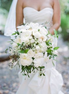 Featured Photographer: Sylvie Gil Photography; Wedding bouquet idea.
