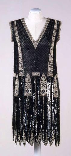 Beaded Silk Evening Dress, Sartoria Buscaroli, Bologna, ca. 1925. Collection Galleria del Costume di Palazzo Pitti