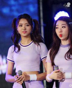 Cr: JINNY_GGOLTTE #아이오아이 #ioi #임나영 #nayoung #유연정 Ioi Nayoung, Southern Prep, Short Dresses, Kpop, Hair Styles, Image, Asia, Women, Design