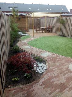 Small Garden Layout, Small Garden Landscape Design, Garden Design Plans, Small Space Gardening, Small Gardens, Outdoor Gardens, Urban Gardening, Holland Garden, Narrow Garden