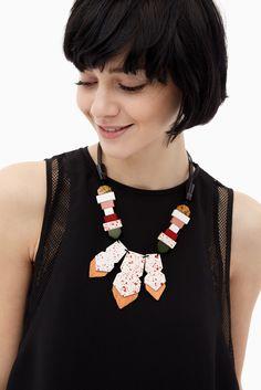 Collar geométrico con cedras | Adolfo Dominguez shop online