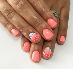 Salmon color with design nails Get Nails, Fancy Nails, Love Nails, How To Do Nails, Pretty Nails, Hair And Nails, Broken Nails, Shellac Nails, Shellac Nail Colors