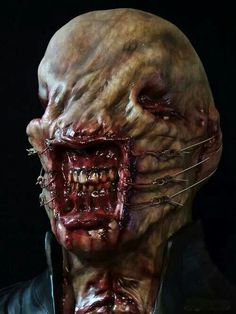 I dunno, but I just love this thing from Hellraiser! And otherwise, I really don't know why I am so interested in this kind of creatures. Horror Icons, Horror Films, Arte Horror, Horror Art, Real Horror, Creepy Horror, Creature Feature, Creature Design, Zombies
