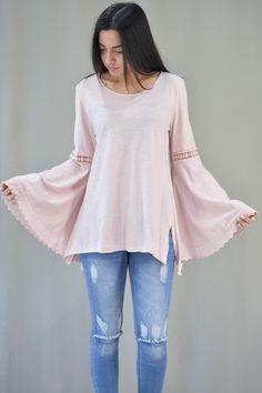 ba715c292eb5 Οι 9 καλύτερες εικόνες του πίνακα Γυναικείες μπλούζες καλοκαιρινές