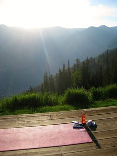 I'd love to wake up and do yoga with a view like that... Wow.