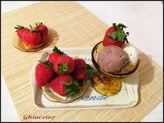 Înghețată cu frișcă și ciocolată Parfait, Strawberry, Fruit, Food, Essen, Strawberry Fruit, Meals, Strawberries, Yemek
