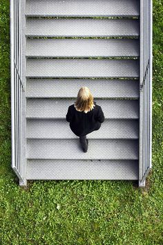 Valerie Kaczynski - graphic minimal fashion photography stairs