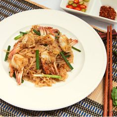 Protein Noodles are hand-made, sun-dried instant noodles that give you 25 grams of protein in each serving. Protein Noodles, Post Workout Snacks, Love Eat, Sun Dried, Protein Shakes, Determination, Gym Motivation, Healthy Choices, Fitspo