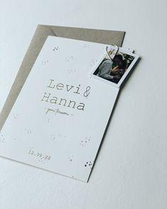 Een romantische minimalistische trouwkaart met kleine stipjes en ook kleine goede stipjes. De tekst in goudfolie kun je ook aanpassen naar wens. #trouwkaart #trouwen #bruiloft #bruiloftinspiratie #weddingdetails Empowerment Program, Domestic Violence, Love Cards, Non Profit, Autumn, Diy, Wedding, Design, Hipster Stuff