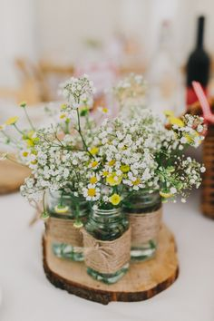 Add a rustic touch to your Spring wedding decor with delicate Spring floral decor details.