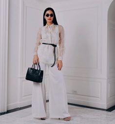 LOTD: Chalita Suansane Wears a Gown Inspired by the Thai Queen Barong Tagalog For Women, Modern Filipiniana Dress, Grad Dresses, Girl Fashion, Fashion Design, Dress Codes, Wedding Attire, Wedding Dress, Thailand