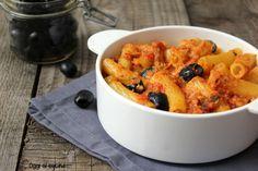 Pasta al forno con tonno e olive