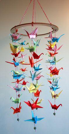 折り紙や千代紙で鶴の吊るし飾り(参考)