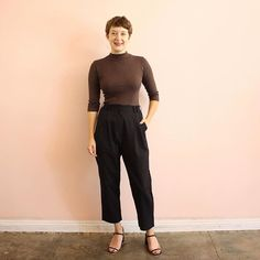 It may be a holiday weekend but we are busy little bees with fall arrivals & the Labor Day sale! Sometimes it doesn't get any better than the basics - @kimmyshields is a timeless babe in @curatorsf @kosascosmetics @_rafa_usa and your new favorite pant from @wraycollection 👌👌
