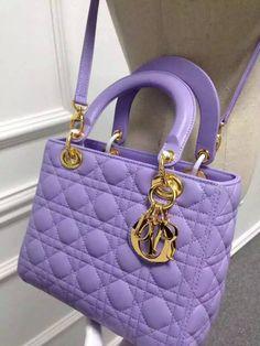 D112$169 Dior Lady Bag High Quality Lambskin. Classic Diorama / Diorissimo christian. Size:25 x 20 x 11 cm Contact: tfstore@qq.com