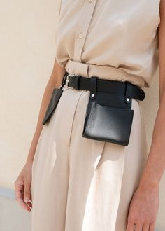 Removable Open Pouch & Card Holder Silver Metal Hardware Vegan Leather Pouch- x x Card Holder- x Belt- x Imported Minimalist Fashion Women, Fashion Details, Fashion Design, Leather Accessories, Daily Fashion, Vegan Leather, Fashion Bags, Spring Summer Fashion, Menswear
