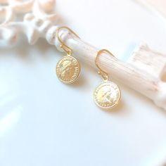 Coin charm earrings, charm earrings, simple earrings, minimal earrings, minimalistic by Sayaestics on Etsy