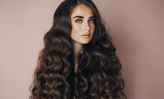 Homemade Hair Tonic shining, healthy, and strong hair Every one worried about her hair how can strong shiny and health.This hair tonic. Cheveux Ternes, Crimped Hair, Voluminous Hair, Hair Tonic, Natural Hair Styles, Long Hair Styles, Hair Regrowth, Strong Hair, Hair Health