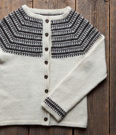 villatakki Men Sweater, Knitting Ideas, Fabric, Sweaters, Fashion, Threading, Tejido, Moda, La Mode