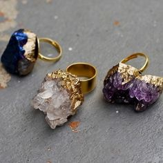 Make a gilded geode ring as a gift or for yourself with this easy step-by-step tutorial. (via SwellMayde)
