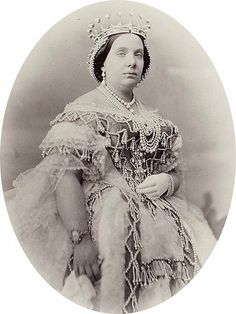 The World's Best Photos by xudros Royal Crowns, Royal Tiaras, Royal Jewels, Tiaras And Crowns, Crown Jewels, Queen Isabella, Spanish Royalty, Elisabeth Ii, Spanish Royal Family