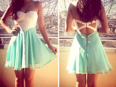 Mint and lace?! Win win!
