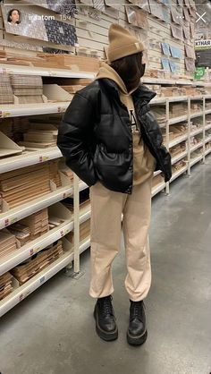 Tomboy Fashion, Look Fashion, Streetwear Fashion, Disco Fashion, Party Fashion, Looks Street Style, Looks Style, Retro Outfits, Cute Casual Outfits