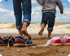 Помни, рано или поздно твой сын последует твоему примеру, а не твоим советам.