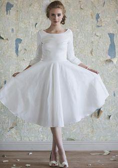 Elegant Tea Length Wedding Dress