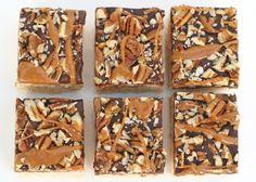 Glorious Treats » {Recipe} Caramel Turtle Rice Krispies Treats