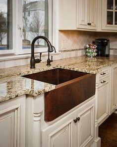 Kitchen Remodel Ideas Hammered Copper Farm Sink Design Ideas, Pictures, Remodel and Decor - Farmhouse Sink Kitchen, Kitchen Redo, New Kitchen, Kitchen Ideas, Farmhouse Style, Farmhouse Flooring, Awesome Kitchen, Copper Farmhouse Sinks, White Farmhouse