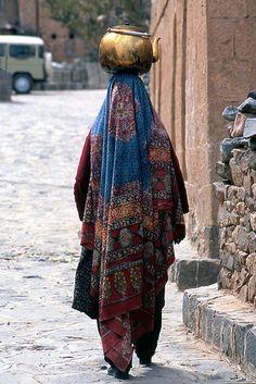 Yemen. Yemeni woman |Flickr by Valerio Pandolfo