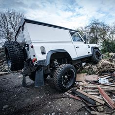 Land Rover Defender 110 hardtop with +5inch OME shocks