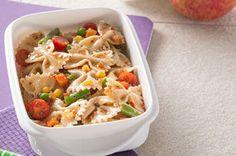 Ce plat constitue un excellent dîner sur le pouce. Pour renouveler la boîte à lunch, accompagnez cette salade d'une pomme et d'un verre de lait.