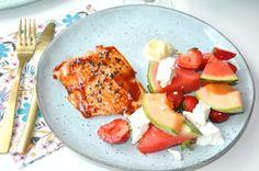 Lågtempererad Lax med melonsallad och finbesök