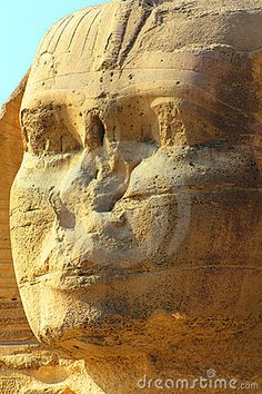 Napolean shot the noses off of sphinx - Is it true? Ancient Myths, Ancient Egyptian Art, Ancient Beauty, Ancient History, Egyptian Kings And Queens, Le Sphinx, Hurghada Egypt, Site Archéologique, Art Antique