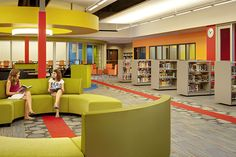 Glen Ellyn SD 41 Hadley Junior High School Library Media Center Renovation | FGM Architects