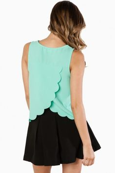 Sweet And Scalloped Tank Top in Mint