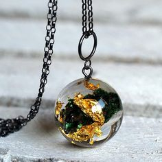 Resin Necklace with Green Mineral and Gold Flakes Christmas