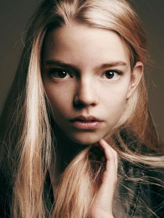 Celebrities - Anya Taylor-Joy Photos collection You can visit our site to see other photos. Anya Joy, Anya Taylor Joy, Ann Taylor, Olivia Cooke, Kino News, Female Character Inspiration, Actrices Hollywood, Celebrity Portraits, British Actresses