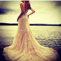 El vestido perfecto para la boda perfecta. ¡Está increíble! #Fashion #Wedding #dress
