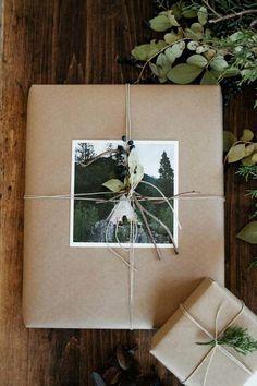 Photos sur papier kraft - emballage cadeau original                                                                                                                                                                                 Plus