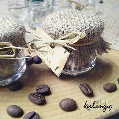 Hasır kaplı kahve kavanozlarimiz Sevde ve Miran için hazırlandı #davetiye#atolyekirlangic#düğün#gelin#damat#nikahşekeri#hediyelik#söz#kına#düğündavetiyesi#dugunhazirliklari#nikahhediyesi#nikahsekeri