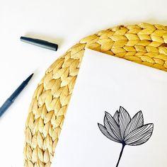 """35 mentions J'aime, 1 commentaires - N A T A C H A C A R R I E R (@natachacarrier) sur Instagram: """"L o t u s Comme une envie de dessiner un joli lotus ce matin... - - - #flowers #botanical #nature…"""""""