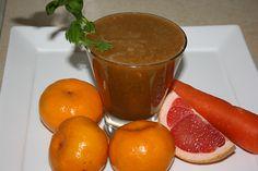 Ruby Mandarin Juice: 4 mandarins,   ½-1 ruby grapefruit,   2 celery sticks,   1 carrot,   1″/25 mm of ginger