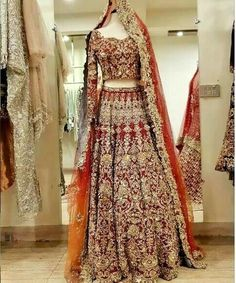 This beautiful designer wedding, party wear dress. Be your gorgeous self in this beautiful dress, perfect for a party, function or wedding. Style the look with a ring and a pair of earrings. Asian Bridal Dresses, Beautiful Bridal Dresses, Pakistani Wedding Outfits, Indian Bridal Outfits, Pakistani Bridal Dresses, Pakistani Wedding Dresses, Pakistani Dress Design, Wedding Lehnga, Bouquet Wedding