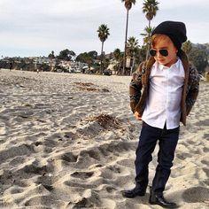 beanies and beaches. #alonsomateo #darthvaderbeanie - @luisafere- #webstagram