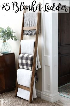 diy home decor Build a blanket ladder for about 5 dollars in lumber plus a few screws. This blanket ladder is a simple project that is functional and decorative. Diy Furniture Projects, Furniture Makeover, Furniture Design, Rustic Furniture, Diy Projects Apartment, Glazing Furniture, Easy Projects, Sewing Projects, Diy Home Furniture
