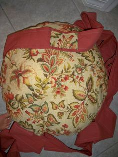Single Kitty Cloud Cat Bed in Cream Floral Print by 7CatsHeaven, $45.00