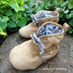 Sewing pattern and Tutorial - Winter Shoes